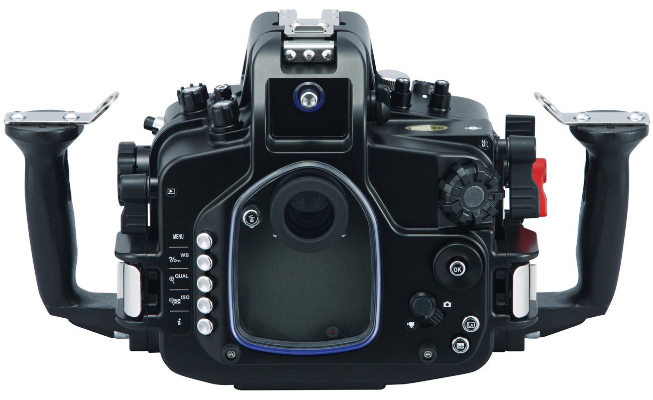 MDX-D7100 back view